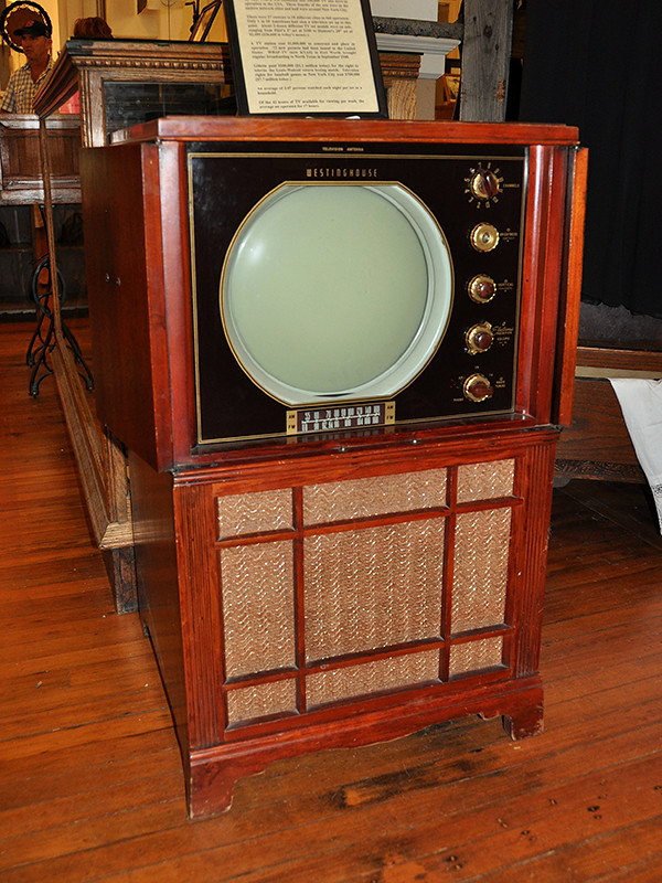 Fort Worth Old Westinghouse Tv Console One Of The