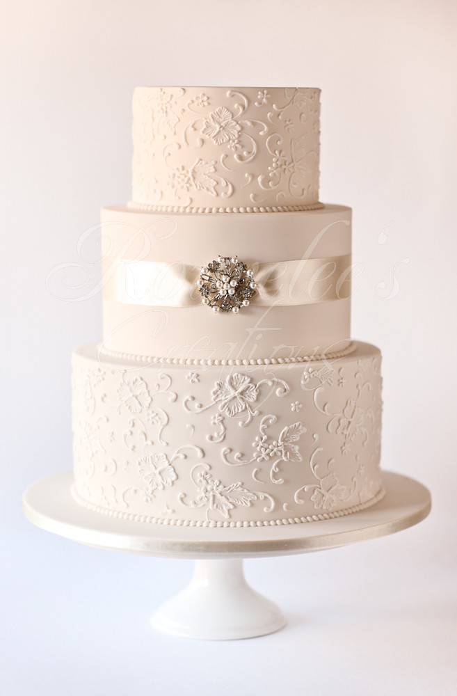 Jenna 3 Tier Wedding Cake With A Vintage Theme Cake Is Ic Flickr - 3 Tier Wedding Cakes