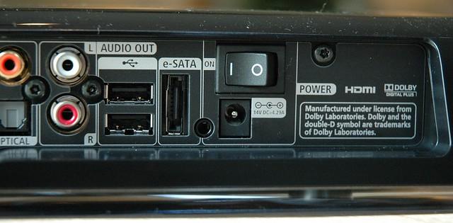 UPC Horizon mediabox achterzijde aansluitingen connectore ...Upc Horizon Logo