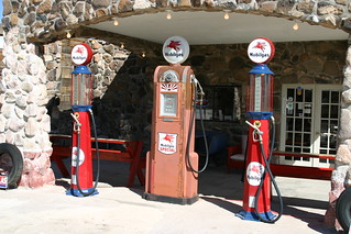 Cool Springs Gas Station, Cool Springs, Arizona. | by SpixPix