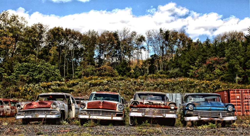 Old, Rusty Classic Cars and Trucks 015 | Darryl Moran | Flickr