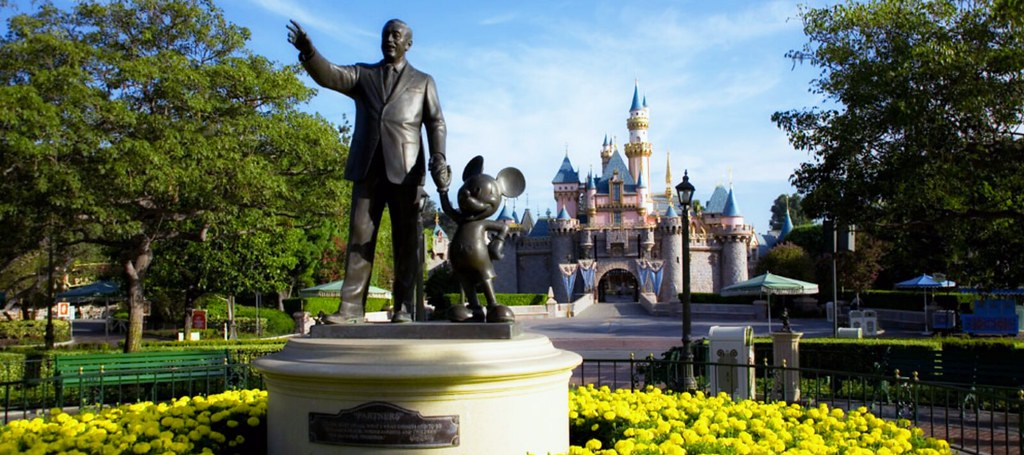 Walt Disney And Mickey Mouse Partners Statue I Think Most Flickr