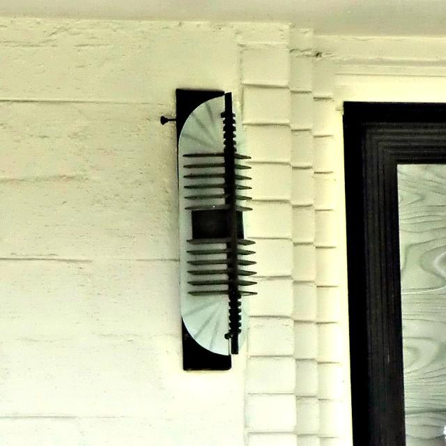 Art deco tulsa home 1718 e 37th st porch light flickr for Art deco porch light