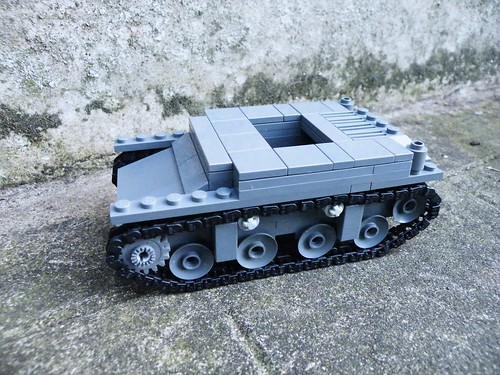 Lego M1 Combat Car | by The Brickologist