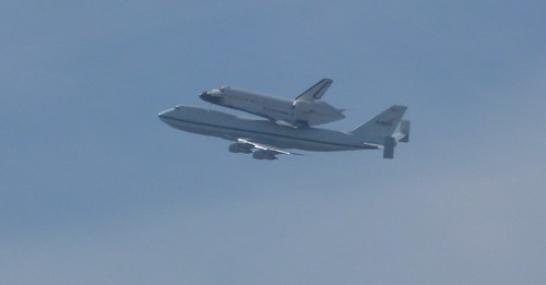 Space Shuttle Endeavour over San Francisco. It's last time airborne, en route to LAX | by sftrajan