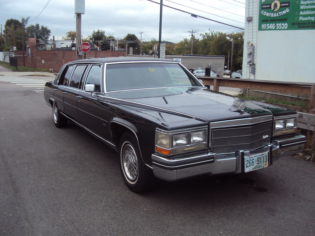 Limousine For Sale >> 1985 or '86 Cadillac Fleetwood Brougham Limo | Mid 80's ...
