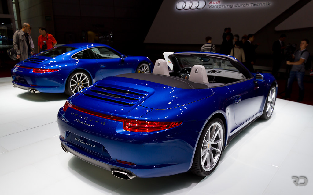 Aqua Blue Rules Porsche 911 Type 991 Carrera 4 Cabrio