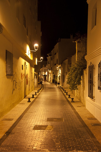 Empty street one late night in Estepona | by LimeWave Photo