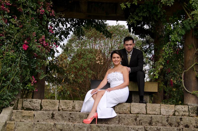 Boda en el jardin botanico bogot fotograf a de bodas for Boda en jardin