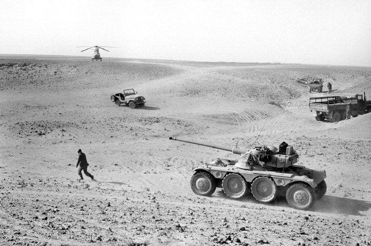 Le conflit armé du sahara marocain - Page 10 29543873382_9057d35507_o