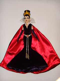 Designer Evil Queen - Deboxing - Queen Freed and Fully Dressed - Lying Down - Full Front View #2 | by drj1828