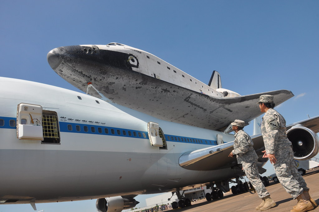 when did the us space shuttle program began - photo #19