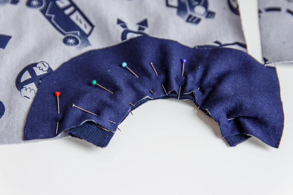 obszywanie kieszeni bluzy