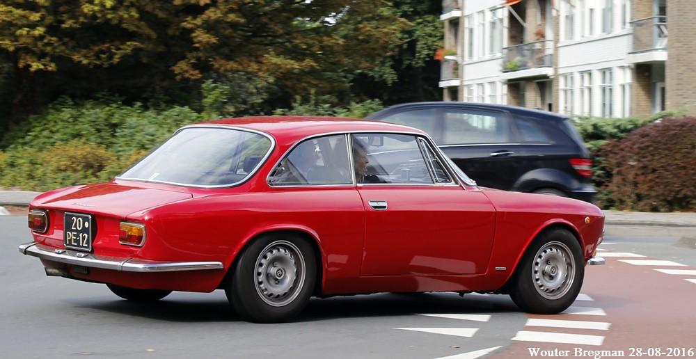 Alfa Romeo Gt 1300 Junior 1976 Overveen Netherlands Flickr