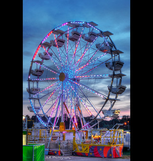 Everyone Loves the Ferris Wheel | by J.L. Ramsaur Photography