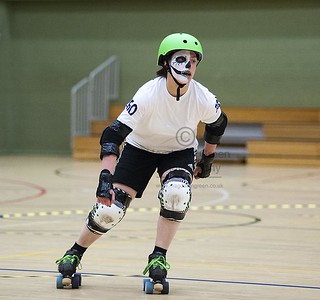 Dundee Roller Derby - Sept 8th 2012 - DISC - Dundee Scotland | by Magdalen Green Photography