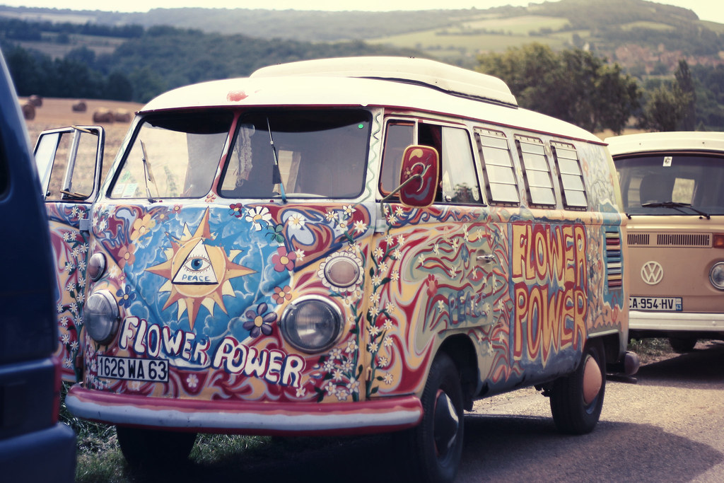 True Hippie Van French Vw Meeting 2012 Mo Ana Flickr