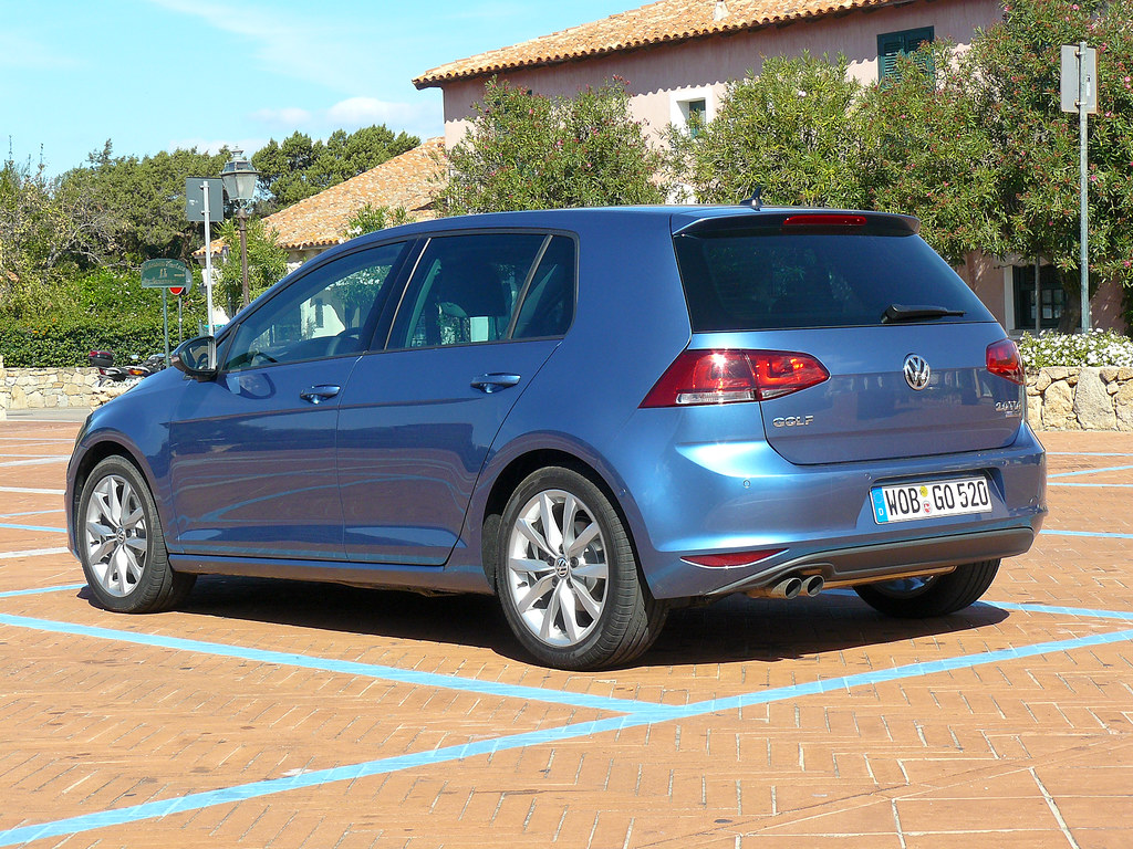 vw golf vii 2 0 tdi pacific blue titanschwarz bigblogg motoring flickr. Black Bedroom Furniture Sets. Home Design Ideas