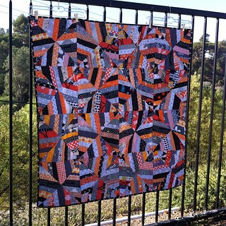 Infinite Spiderweb #halloweenquilt is done and I'm thrilled! | by SunnyInCAL