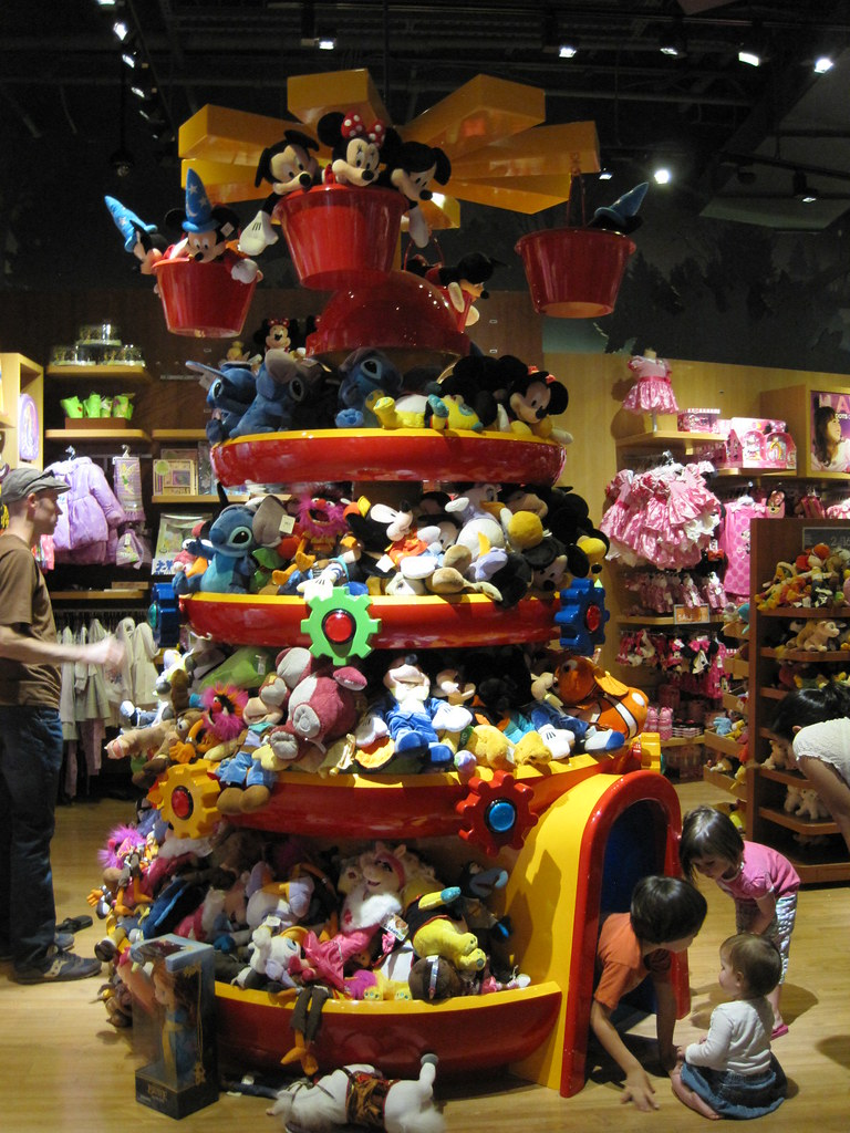 Large Plush Display And Tunnel At The Disney Store In Ro