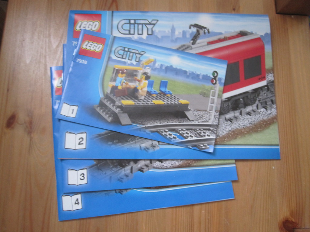 Lego 7938 Passenger Train Instructions 4 Buildinginstruct Flickr