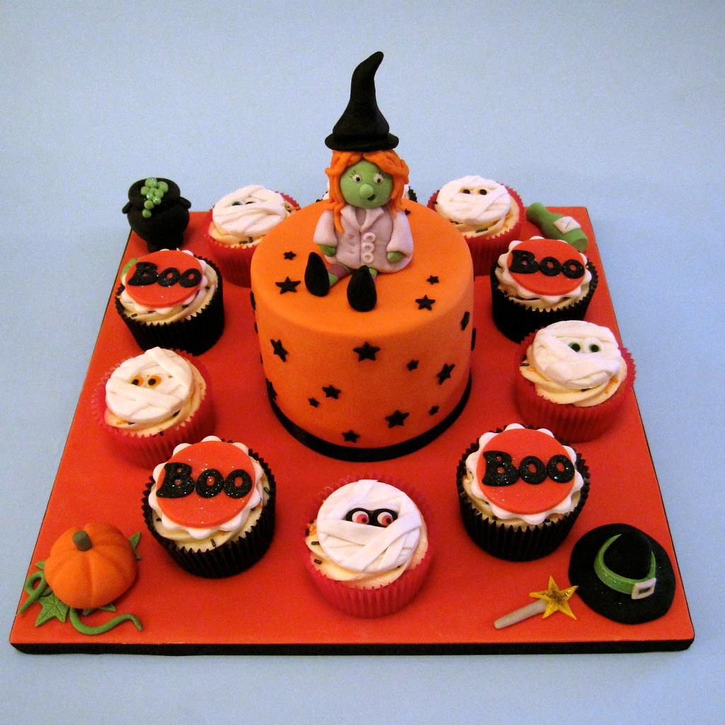 Cake Decorating Halloween Theme : Halloween Themed  Big cake, little cakes  ?Big Cake ...