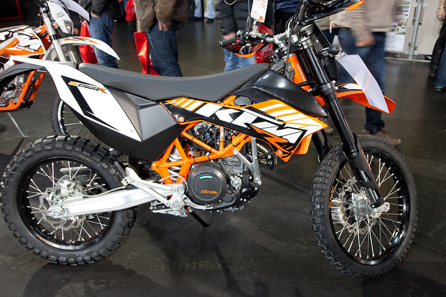 ktm 690 enduro r one cylinder enduro motorbike 690ccm. Black Bedroom Furniture Sets. Home Design Ideas