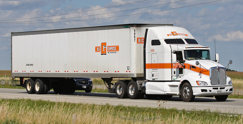 Trucking Jobs Near Me >> Big G Express Kenworth   Southbound on Highway 41 near Oshko…   Flickr