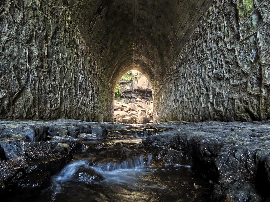 Vista de uno de los túneles dentro de Mexiquillo
