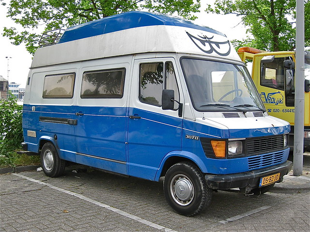 Mercedes benz 307d camper for Mercedes benz camper for sale