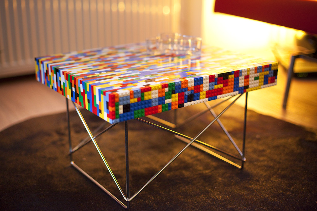 Lego table design pim geerts base eames ltr side table for Table design lego