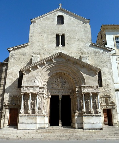 Ancienne cath drale saint trophime d 39 arles provence st for Architecture ancienne