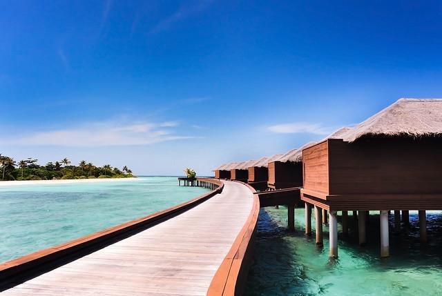Way to water villas