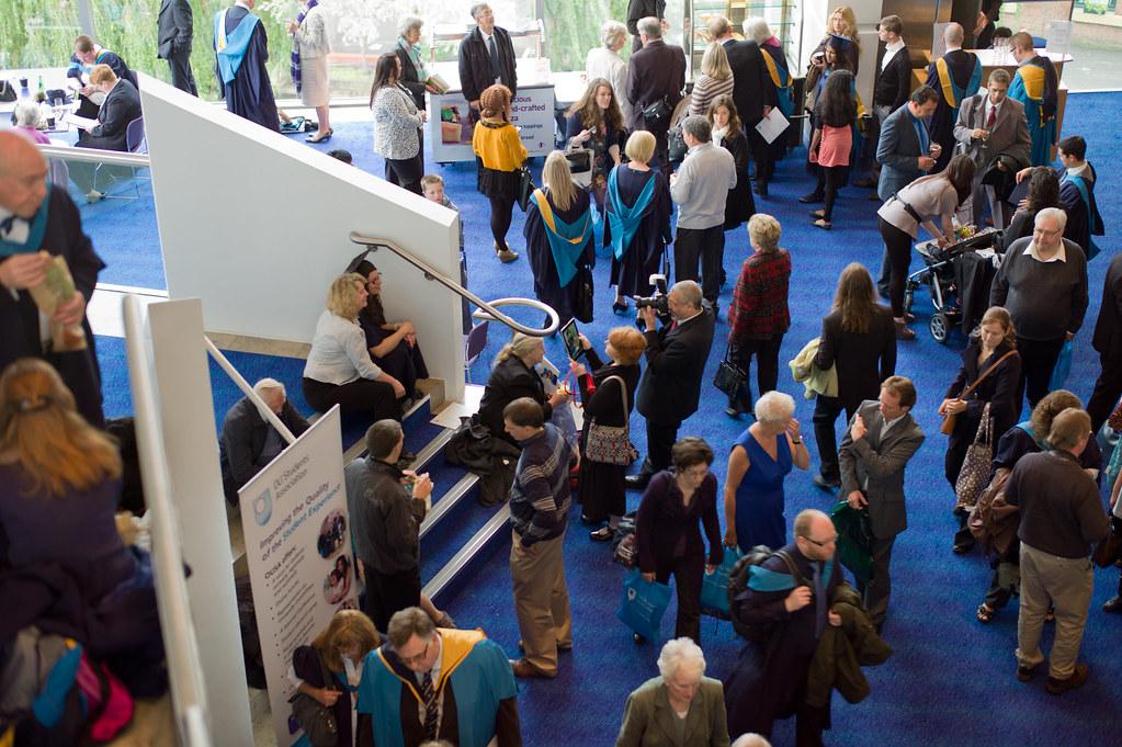 Open Foyer University : Scene in foyer ou graduate ceremony manchester