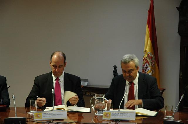 Acuerdo del ministerio del interior y el ministerio de - Ministerio del interior madrid ...