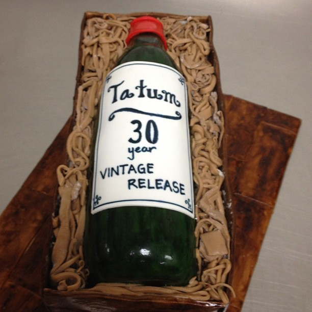 Wine Bottle Cake For Tatum S 30th Birthday Close Up Flickr