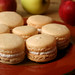 apple cinnamon macarons 4