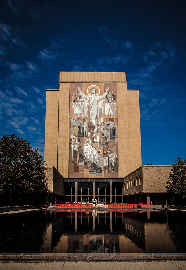 hesburgh library  touchdown jesus  word of life mural