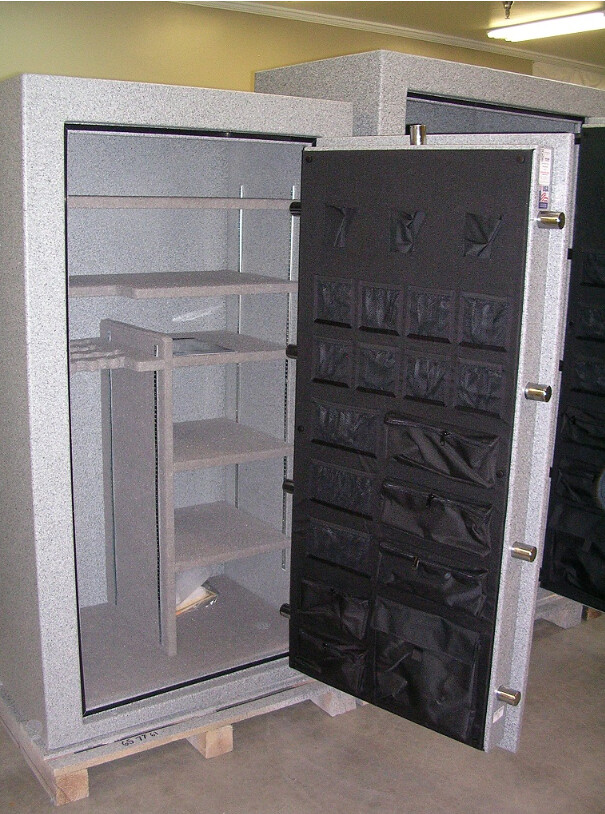 Interior Of A Ft Knox Gun Safe Maverick Model 6637 Flickr