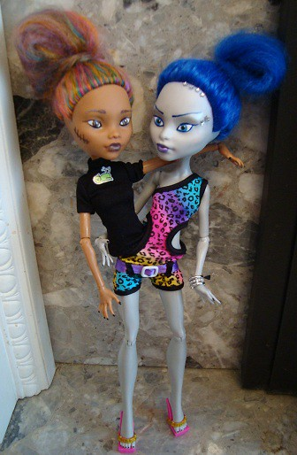 monster high siamese twins full reroot and repaint flickr