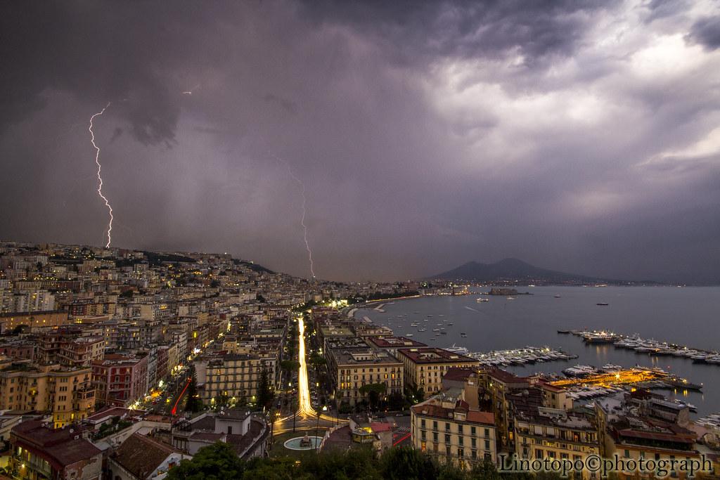 posillipo | Vista del golfo di Napoli dalla terrazza della c… | Flickr