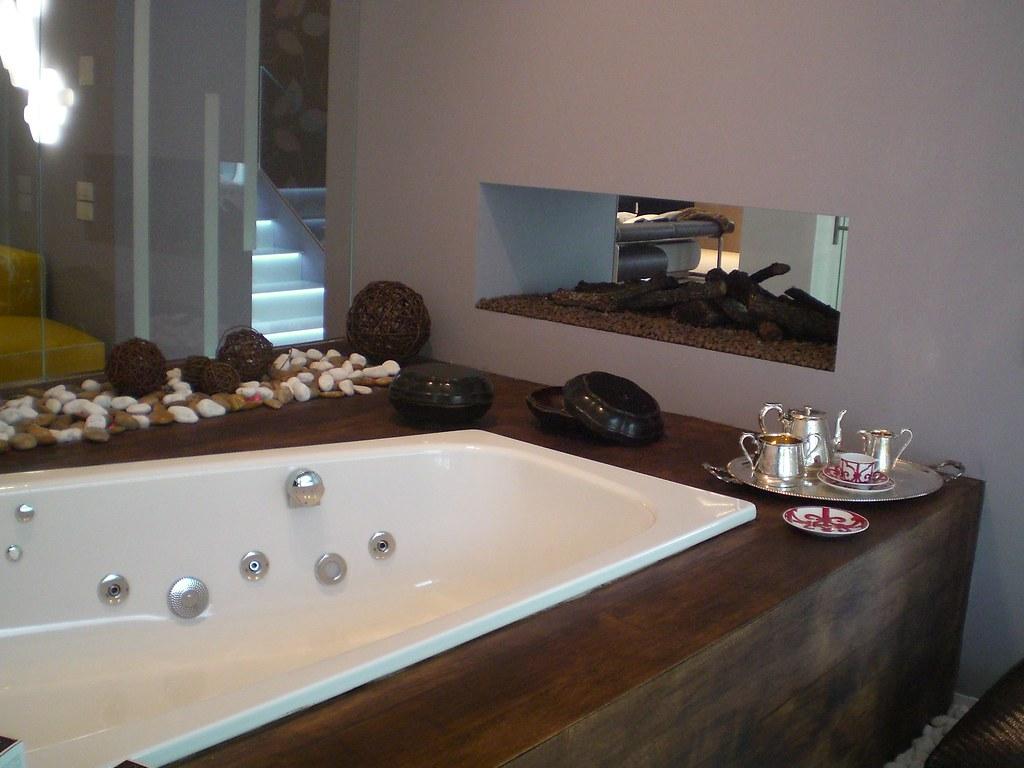 Ambiente bagno per azienda arredo bagno matitaprogetti for Arredo bagno 3d