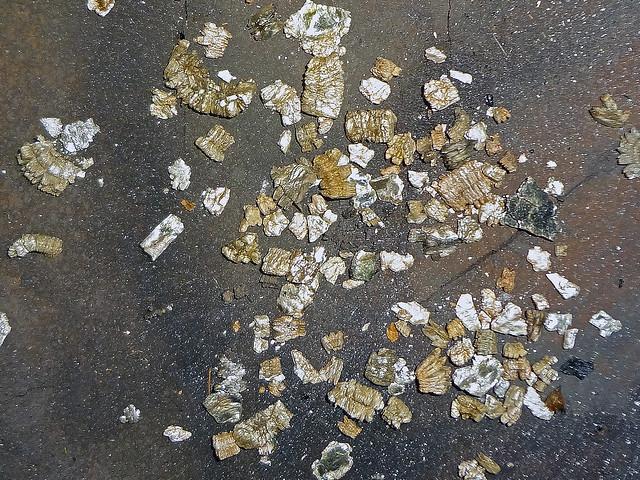 Vermiculite Attic Insulation Granules Flickr Photo