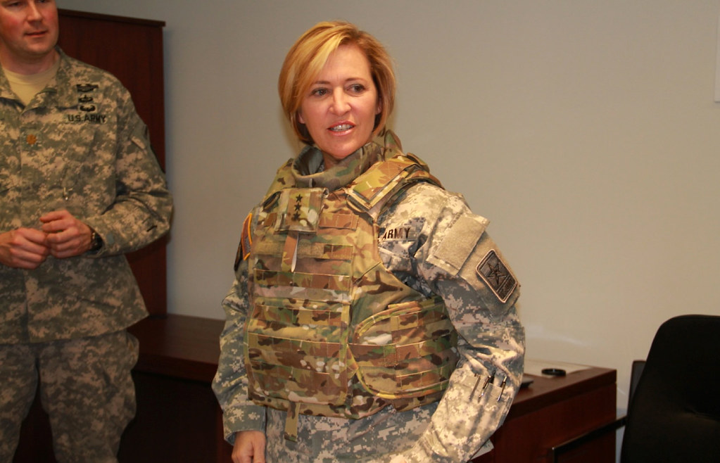 Army Surgeon General Dons New Female Body Armor Lt Gen