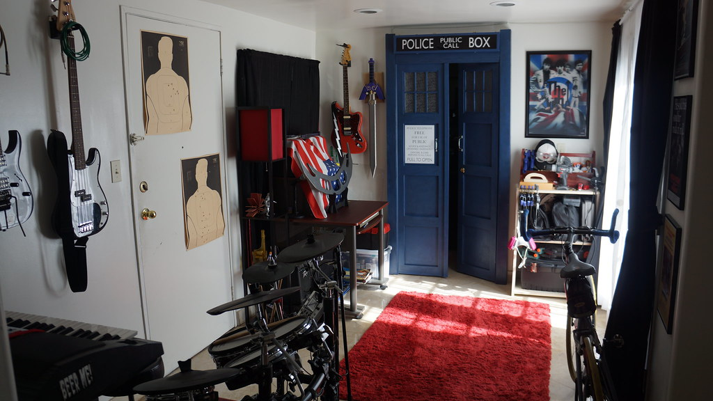 ... TARDIS Bedroom Doors | By Dale Rem Deikun