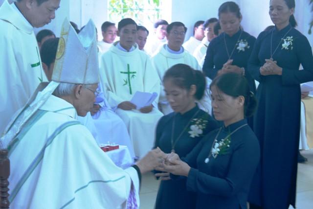 Tương Quan Giữa Tu Hội Đời Với Giám Mục Giáo Phận - Vấn Đề 114