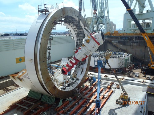A trip to the dentist? No, it's just the SR 99 tunnel boring machine's screw conveyer | by WSDOT