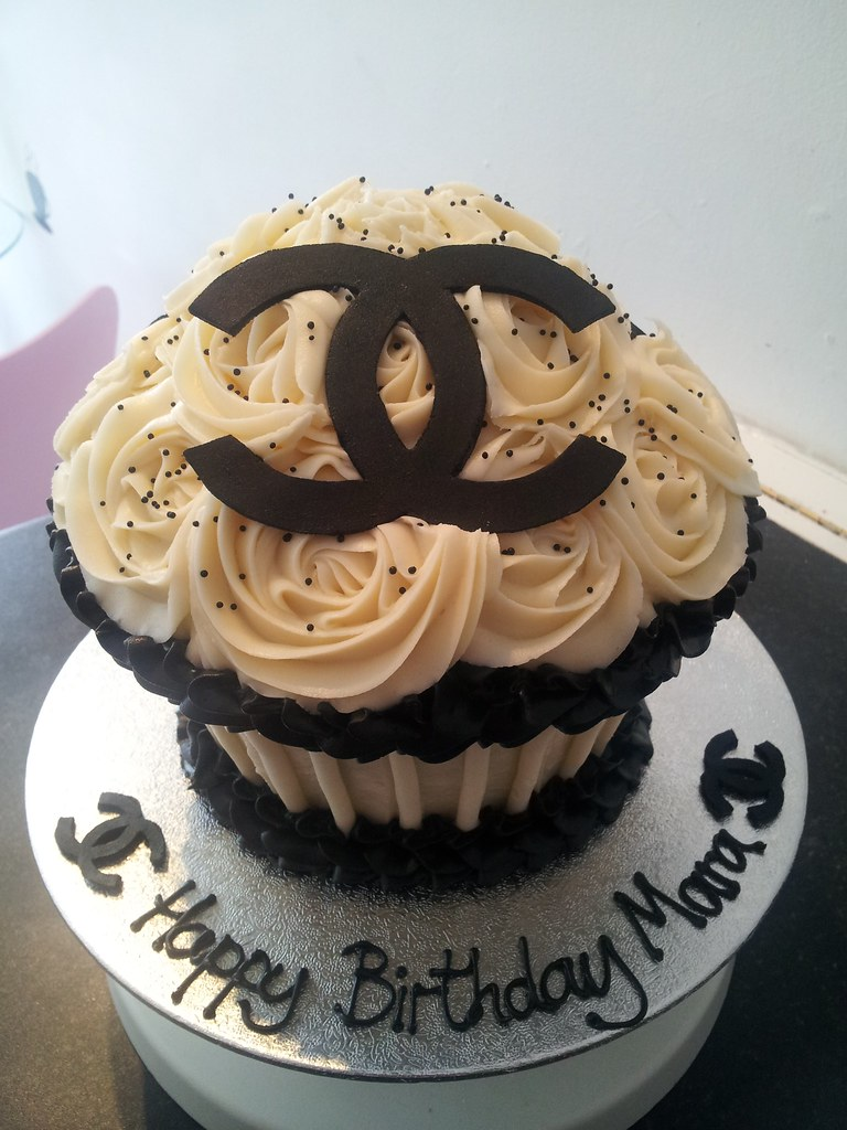 Giant Chanel Cupcake Louise Jones Flickr