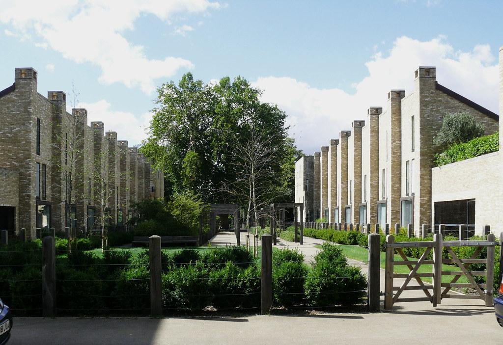 Accordia housing cambridge architects feilden clegg for Cambridge architecture