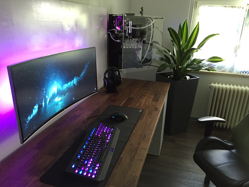 bureau en gros pc gamer